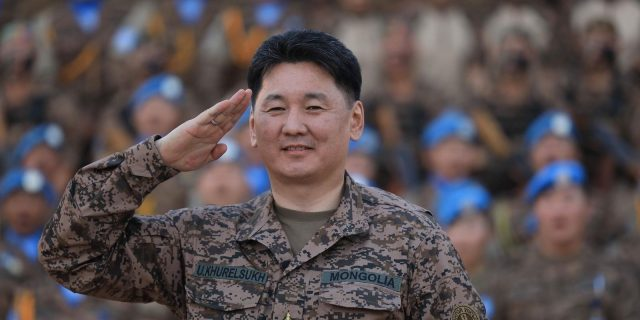 У.Хүрэлсүх: Монгол Улсын төлөө зүтгэе!