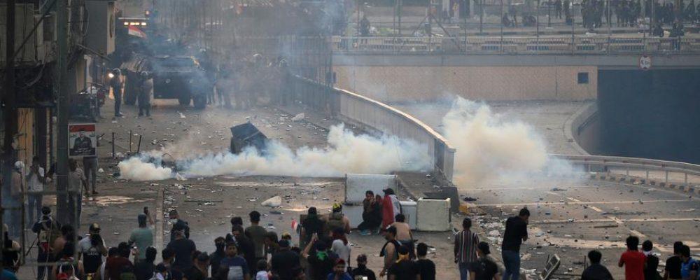 ИРАК: Эсэргүүцлийн жагсаалын үеэр 104 иргэн амиа алдав