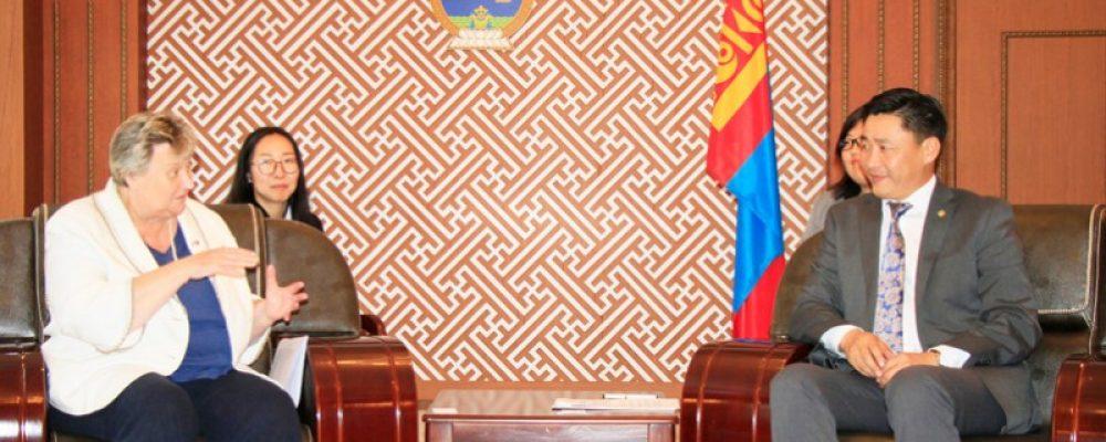Монгол эрдэмтэд уур амьсгалын өөрчлөлтөөр судалгаа хийж, хамтран ажиллах боломжтойг хэллээ